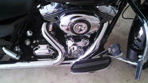 Chrome metal polish for motorcycles