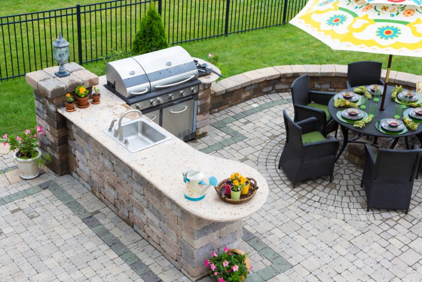 Top Trends for Outdoor Kitchens in Orlando | SolidWheel.com