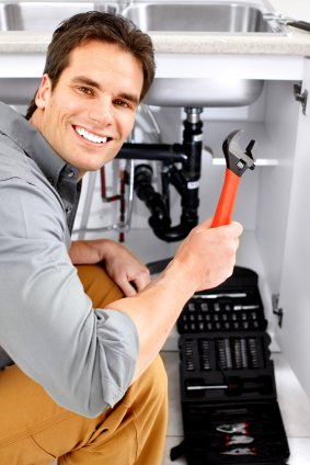 San Antonio plumber fixing a sink
